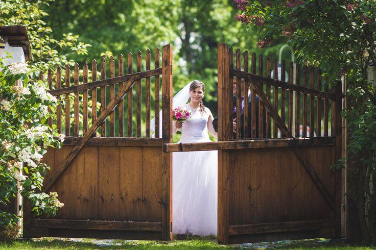 Příchod nevěsty na obřad