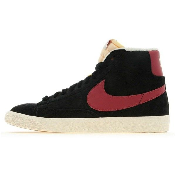 Nike Blazer Mid Suede (€76) ❤ liked on Polyvore featuring shoes, sneakers, black suede shoes, black flat sneakers, black hi tops, black flat shoes and nike high tops