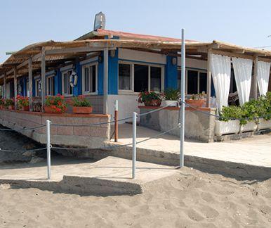"""Ristorante """"La Pineta"""" Via dei Cavalleggeri Nord, 27 57020 Marina di Bibbona, Livorno"""