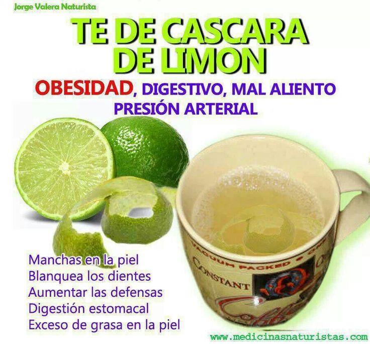 Les compartimos una Receta muy saludable para combatir la obesidad, limpiar el sistema digestivo, eliminar el mal aliento...etc.TE DE LIMON (Fácil y Sencilla)Preparacion:Colocar al fuego 1 litro de agua.Agregar la cáscara de 2 limones y hervir por 15 minutos.Cuando apagues el fuego, agregar el zumo de los 2 limones.Endulzar con miel, sucralosa o stevia.El té de limón puedes tomarlo frío o caliente después de cada comida, excepto en el desayuno que es conveniente tomarlo en ayunas.