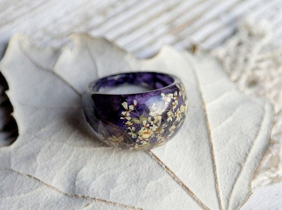 eco resin ring-REAL WILD FLOWER ring-Resin jewelry-nature inspired engagement ring-botanical handmade jewelry-Eco Friendly resin ring flower