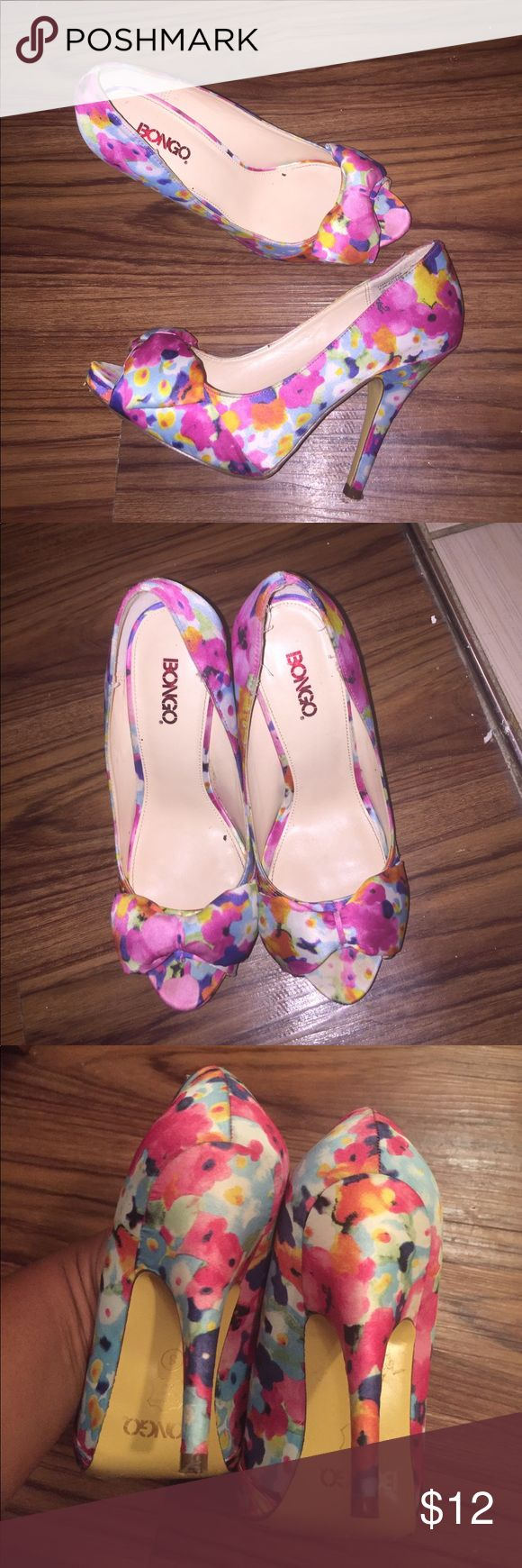 Bongo iris heels peep toe size 8 These shoes still have plenty of life left!! 4.5 in heel, .5 inch platform. Satin finish. You will not be disappointed!!! As always, bundle and save. BONGO Shoes Heels