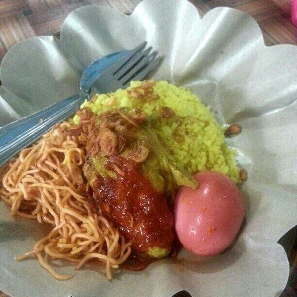 Nasi Kuning Haji Daud Menu Sarapan Istimewa di Balikpapan - Kuliner Balikpapan