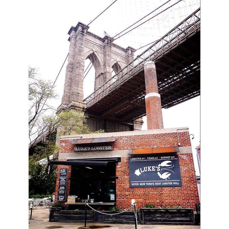 マイアミからトランジットで再びニューヨークへ❤️ 久々のDUMBOエリアは一段とオシャレになってました�� #iloveny #NY #ニューヨーク#newyorker #blooklyn #ダンボ#DUMBO#travelgram #travel#instapic#instagood#뉴욕여행 #여행스타그램 #view#nice#like4like #like4follow  #america#アメリカ旅行#newyork #newyorkcity http://tipsrazzi.com/ipost/1505083740781650860/?code=BTjIbAegaOs