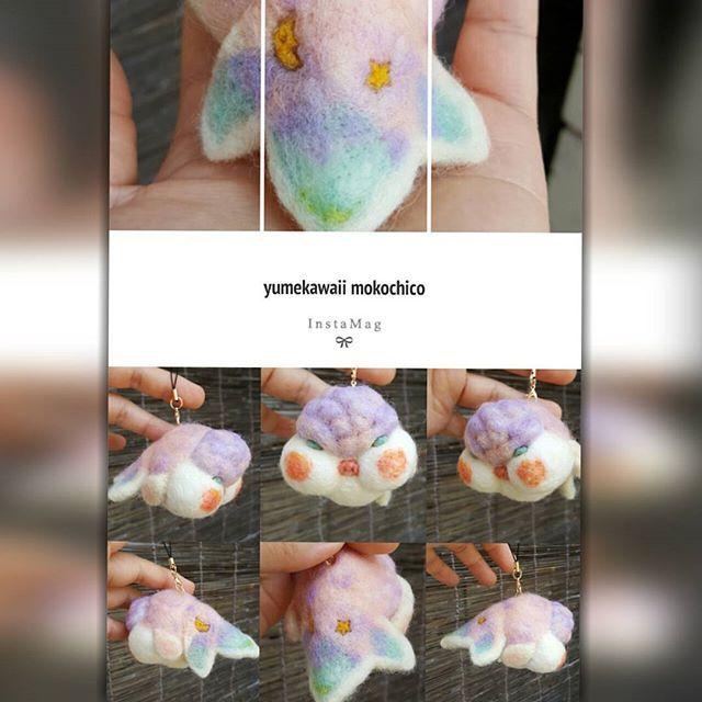 【mokochico】さんのInstagramをピンしています。 《紫っぽいものを作りたくって。 ゆめかわいい ぶさかわならんちゅうちゃんです。 しっぽにはお月様とお星さまです。 不思議な夜空のイメージ☆ #羊毛#羊毛フェルト#ニードルフェルト#felt#ハンドメイド#handmade#minne#creema#cawaii#cute#mokochico#ふわもこ部#ぬいぐるみ#人形 #アクアリウム#gold##goldfish #らんちゅう#金魚#でぶ#パープル#purple#pink#ぶさかわ#きもかわ#魚#fish》