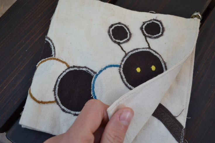DIY: soft cloth book for babies. I have looked everywhere to purchase a quiet soft baby book. Instead, I found out how to make one. This is GREAT!