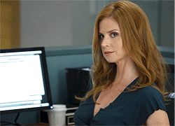 Harvey winks at Donna. #Suits