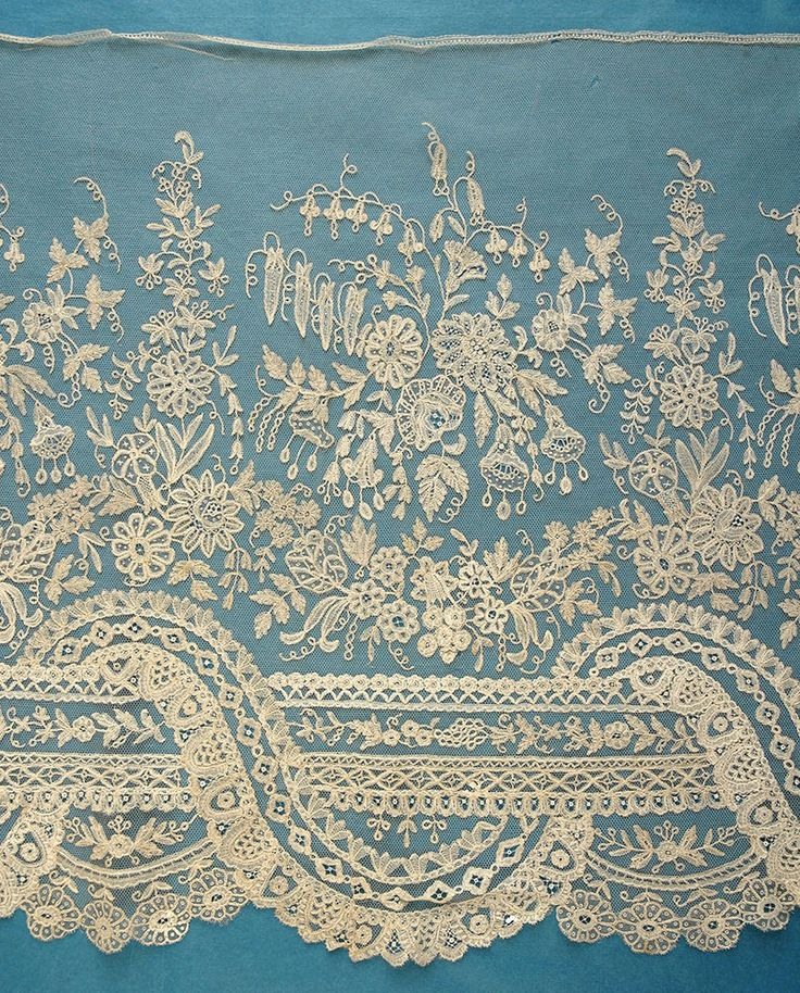 Amazing antique Brussels applique lace crinoline flounce - 7 yards 28 ins in Antiques, Fabric/ Textiles, Lace/ Crochet/ Doilies | eBay