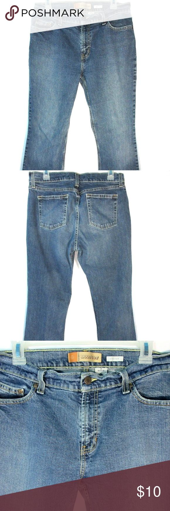 "Old Navy Women's Boot Cut Jeans Size 10 Regular Old Navy Women's Boot Cut Jeans Size 10 Regular Denim Blue Pants.  Tag Size: 10 Regular  measurements taken  Waist 31.5"" Inseam 30.75"" Outseam 41"" Leg Opening 18"" Front Rise 10"" Back Rise 13.5"" Hips 38"" Old Navy Jeans Boot Cut"