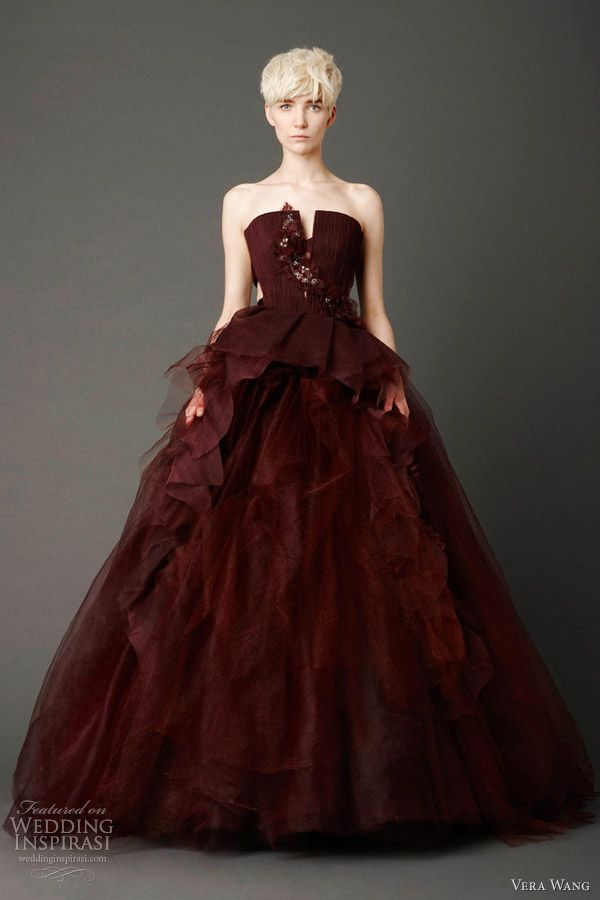 #red long dress #anoukblokker #reddress www.2dayslook.com