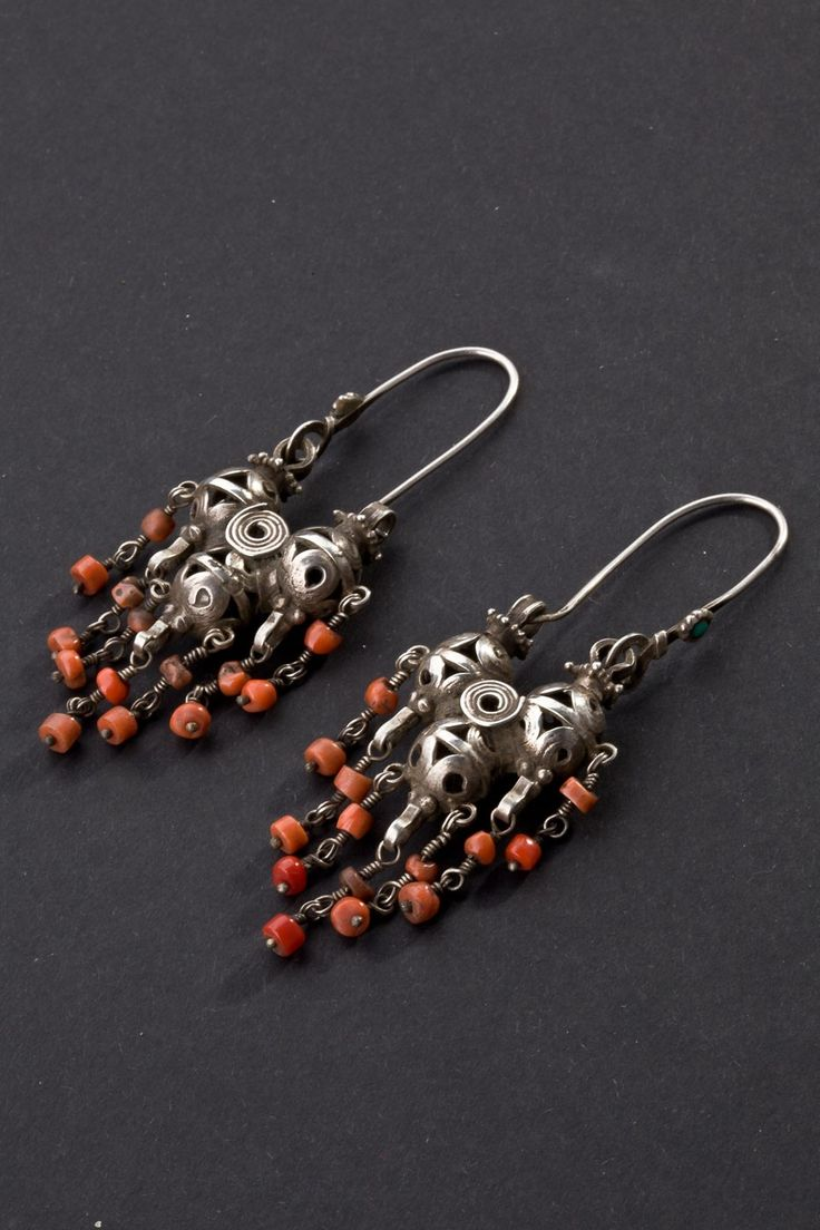 Tajikistan | Silver and coral earrings for the 1st half of the 20th century.
