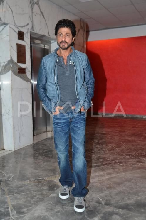 In what can only be described as an exciting development, the ever popular Shah Rukh Khan was recently spotted at the Yash Raj Films. Sporting a casu...