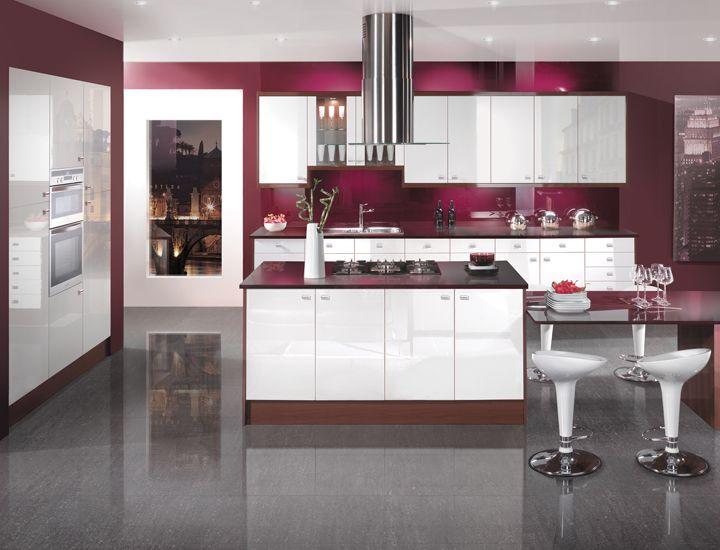 White gloss kitchen, Gloss kitchen and Kitchen black on Pinterest