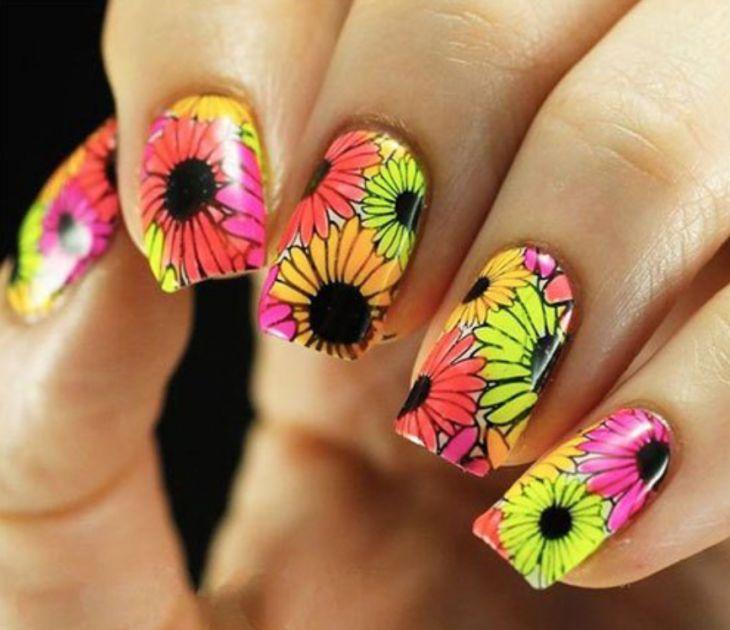 20 Diseños de uñas inspirados en las flores más enigmaticas: girasoles!