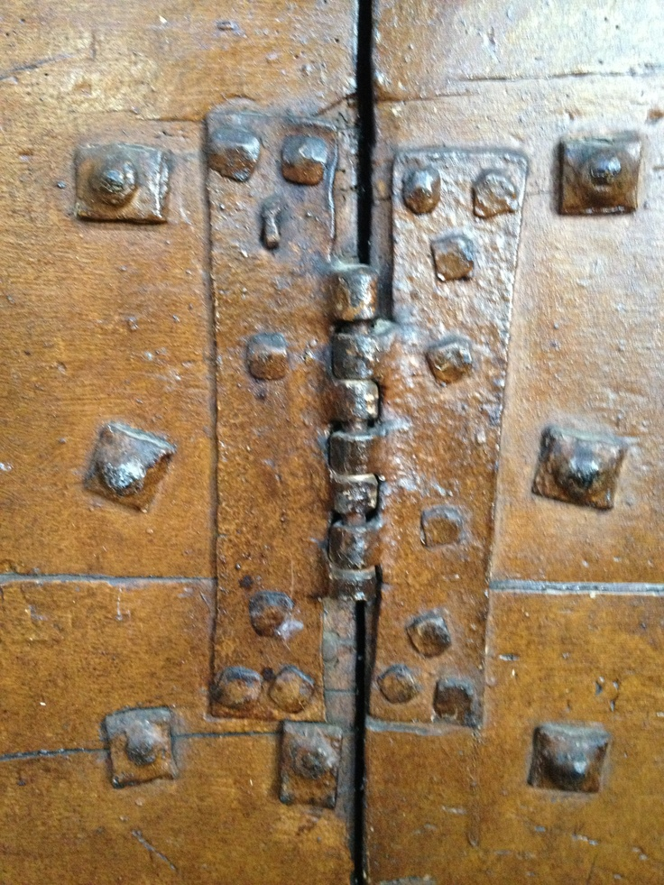 C16th hinge still doing its job at Lechlade Parish church & 25 best Unhinged images on Pinterest | Doors Gate and Puertas