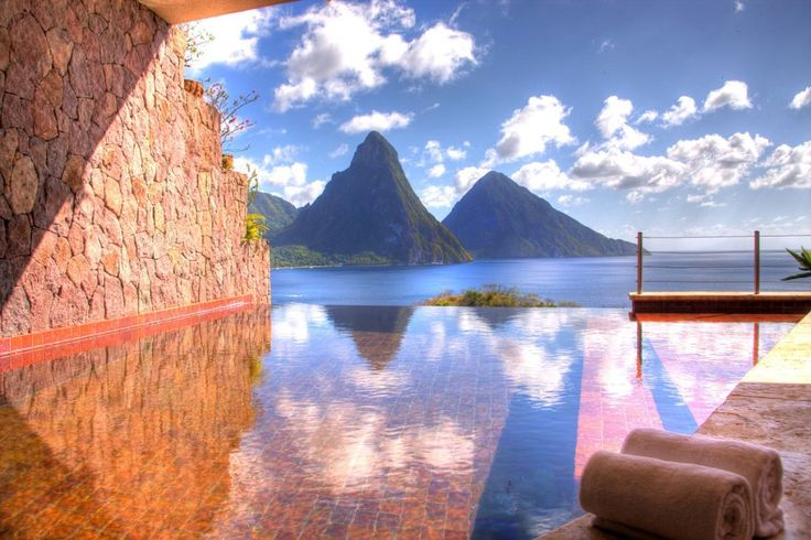 Jade Mountain St. Lucia #St #Lucia #Caribbean #Karibien #Resort #Jade #Mountain #Paradise #Paradis #Vacation #Semester #Travel #Hotel #Amazing #Pool #Ocean #Hav #Tropical #Romantic #Romantiskt #Beach #Strand