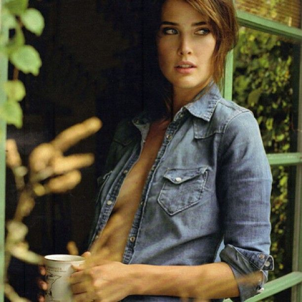 good morning☺ #good#morning#cobie#sexy#pretty#himym#tv#green#blue#coffee#beautiful#pic