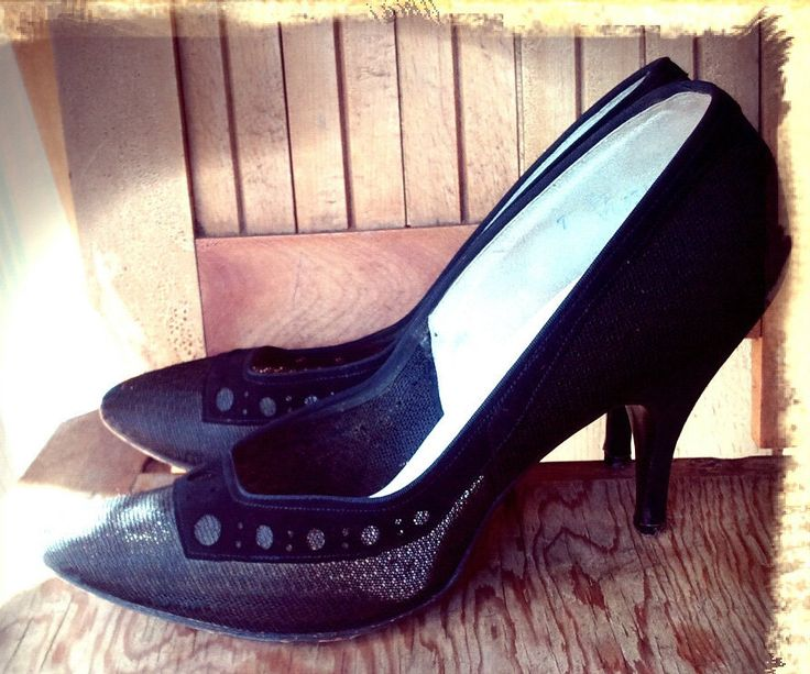 MESH   ///   1950s Pin Up Heels by Love4Retro on Etsy https://www.etsy.com/listing/161088458/mesh-1950s-pin-up-heels