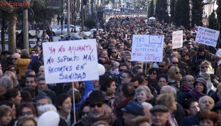 Manifestación sin precedentes hoy por la sanidad, arengada por la oposición