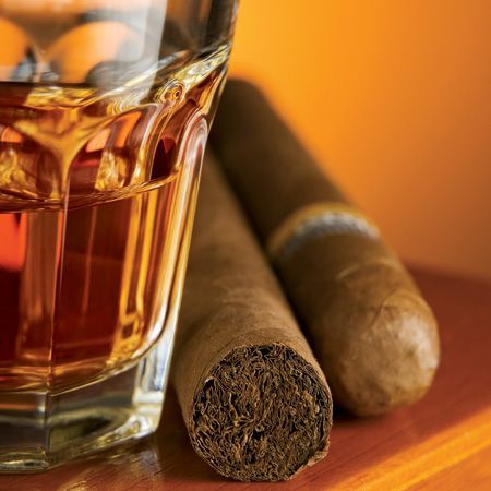 To make whiskey better smoke a cigar   www.bocadolobo.com #bocadolobo #luxuryfurniture #exclusivedesign #interiordesign #designideas #livingroomideas #decoration #homedecor #livingroomdecor
