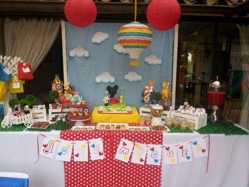 Colorida fiesta de la casa de mickey mouse fiesta mickey - Casa para fiesta ...