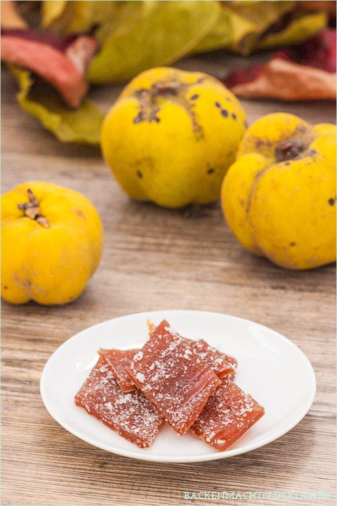 """Quittenbrot (""""Dulce de membrillo"""") hat nichts mit Brot zu tun. Es handelt sich um eine Art Konfekt, für das eingekochtes Quittenmus trocknen muss."""