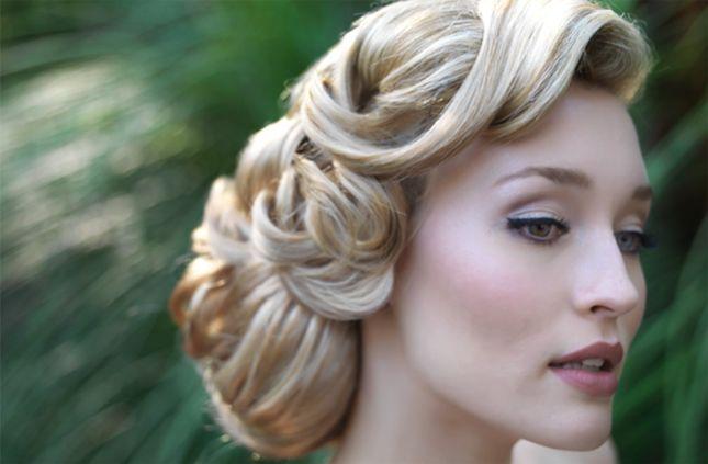 Vintage inspired #wedding #updo: Ideas, Weddinghair, Vintage Hairstyles, Weddings, Vintage Wedding Hair, Bridal Hair, Hair Style, Wedding Hairstyles, Updo