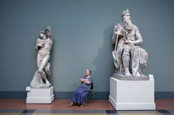 *Guardians, Photos of Women Quietly Guarding Art at Russian Museums - http://laughingsquid.com/guardians-photos-of-women-quietly-guarding-art-at-russian-museums/?utm_source=feedburner_medium=feed_campaign=Feed%3A+laughingsquid+%28Laughing+Squid%29_content=Google+Reader