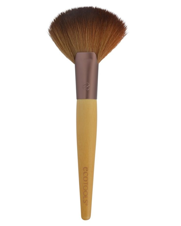 EcoTools® Deluxe Fan Brush: This multi-functional brush sets face makeup and adds definition by angling the brush to contour your cheekbone. The large, fanned head is also great for use with illuminating powders for an airbrushed finish.