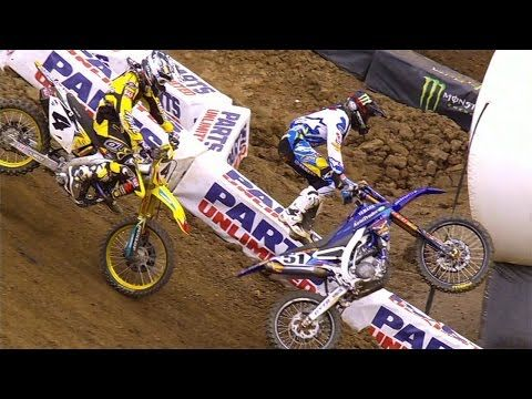 Video: Justin Barcia crash - East Rutherford 2015 Supercross   Dirt Bike Rider Motocross News Magazine