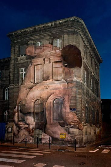 streetart-in-bordeaux-france-by-outings-project-moved-from-museums-walls-to-the-streets-a-world-participative-project-photo-by-outings-project-org