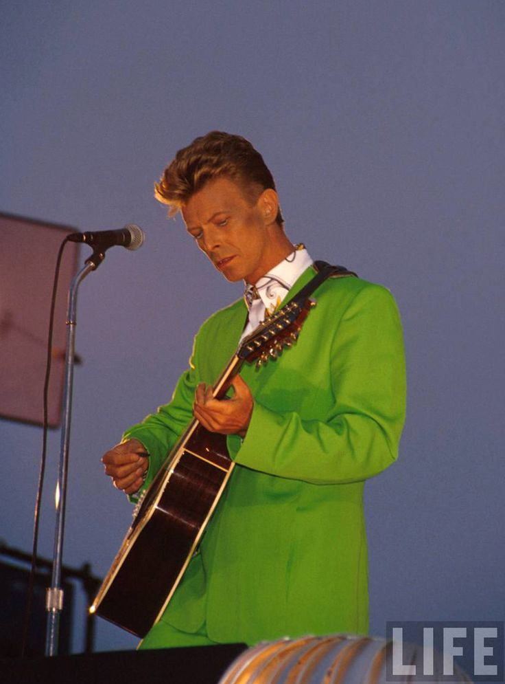 David Bowie with Tin Machine, 1991