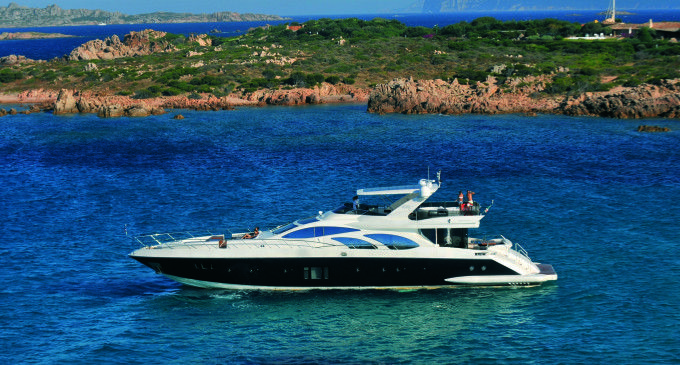 Azimut Yachts al Dubai International Boat Show 2014