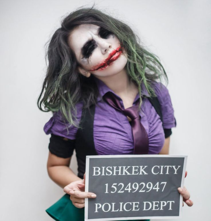 28 Criminally Sexy Joker Cosplays You'll Go Completely Nuts For! | moviepilot.com