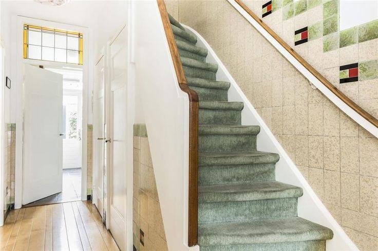 122 best tegels jaren 30 images on pinterest hallways 1930s house and earthenware - Deco kamer stijl engels ...