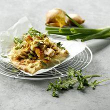 Arla.dk Hytteostpizza med løg og kylling