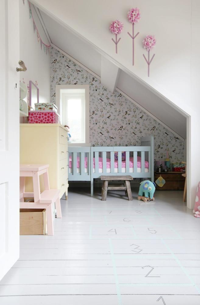 ROSENROSA: Pasteller er perfekte farger for barnerom, gjerne i fin ...
