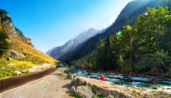 On way to Sonmarg