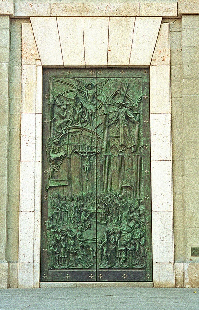 Door to the Catedral de la Almudena in Madrid, Spain. (by Atelier Teee, Terence Faircloth)