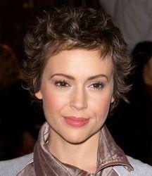 short hairstyles alyssa milano - Google zoeken
