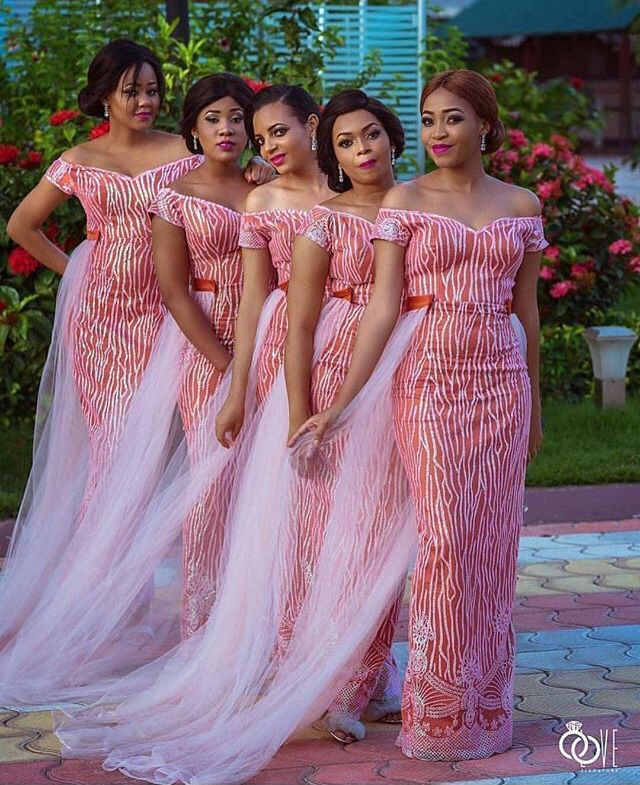 Pin By Izi On Styles African Bridesmaid Dresses African Fashion Dresses Nigerian Bridesmaid Dresses