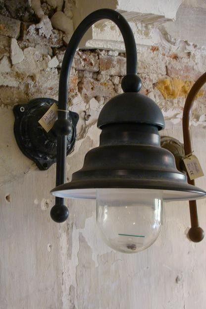 Ceggia buiten/wandlamp (lood) Tierlantijn