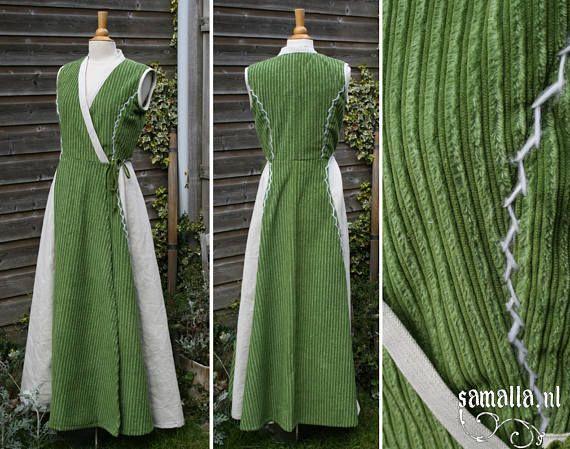 Sleeveless Kimono dress in green velvet and natural linen