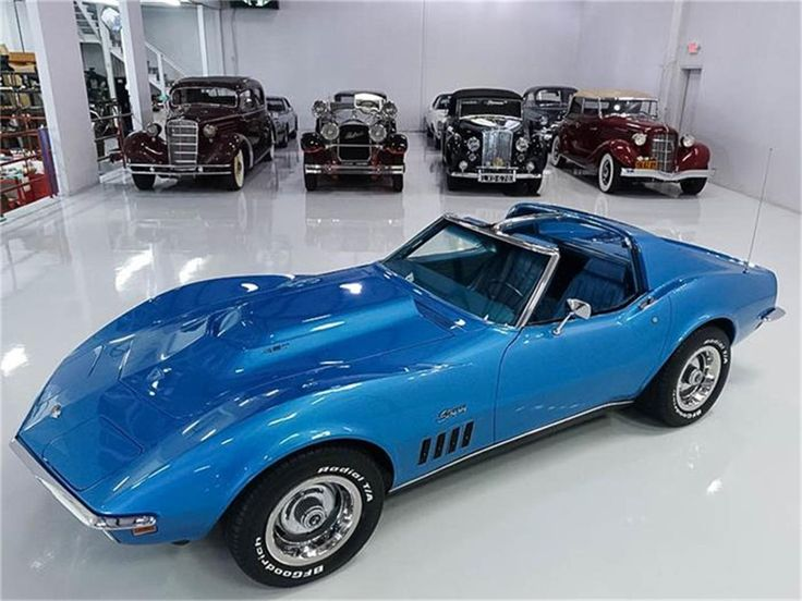 """#44. Another C3, this one a 1969 Stingray coupe in LeMans Blue over Blue with a touch over 81k miles. The characteristic hood bulge marks this as a 427, in this case the """"base"""" RPO L36 (single Holley 4-bbl., 390hp gross) matched to the M20 4-speed. Gotta say that $46.9k USD - though the car is in St. Ann, MO, she's consigned to a Phoenix-area (AZ 85048) broker - is what passes for fairly priced, in the current market..."""