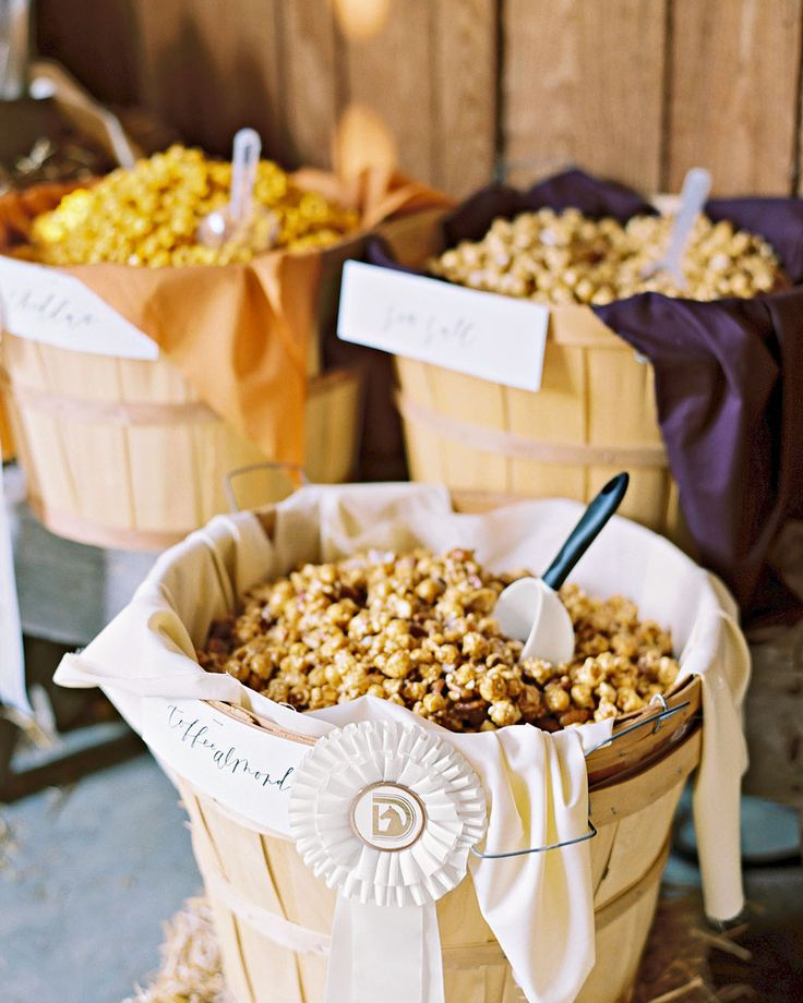 Southern Wedding Reception Food: 23 Delicious Food Bars For Your Wedding