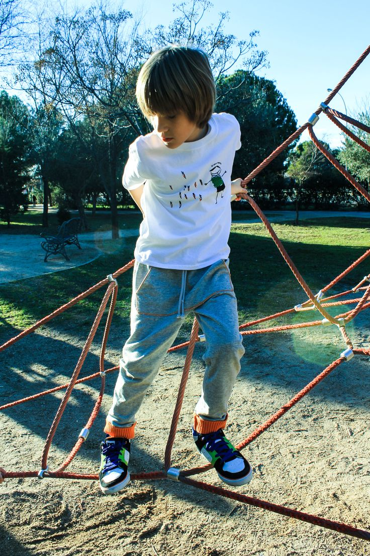 "Pantalón ""Love Carrot"" y camiseta ""Vampirín"" https://balambamboo.wordpress.com/"