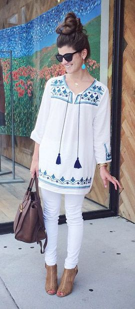 Greenery Embroidered Mid-Sleeve Top