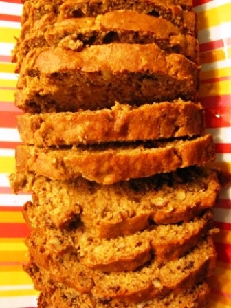 Low Fat, Low Sugar, Super Moist Whole Wheat Banana Nut Bread. I could ...
