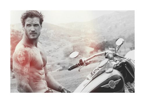 .: Eye Candy, Parker Hurley, Lisa Rene, Books Worth, Guys Motorcycles Harley, Books Quotes, Hot Guys, Hot Motorcycles Guys, Guys On Harley