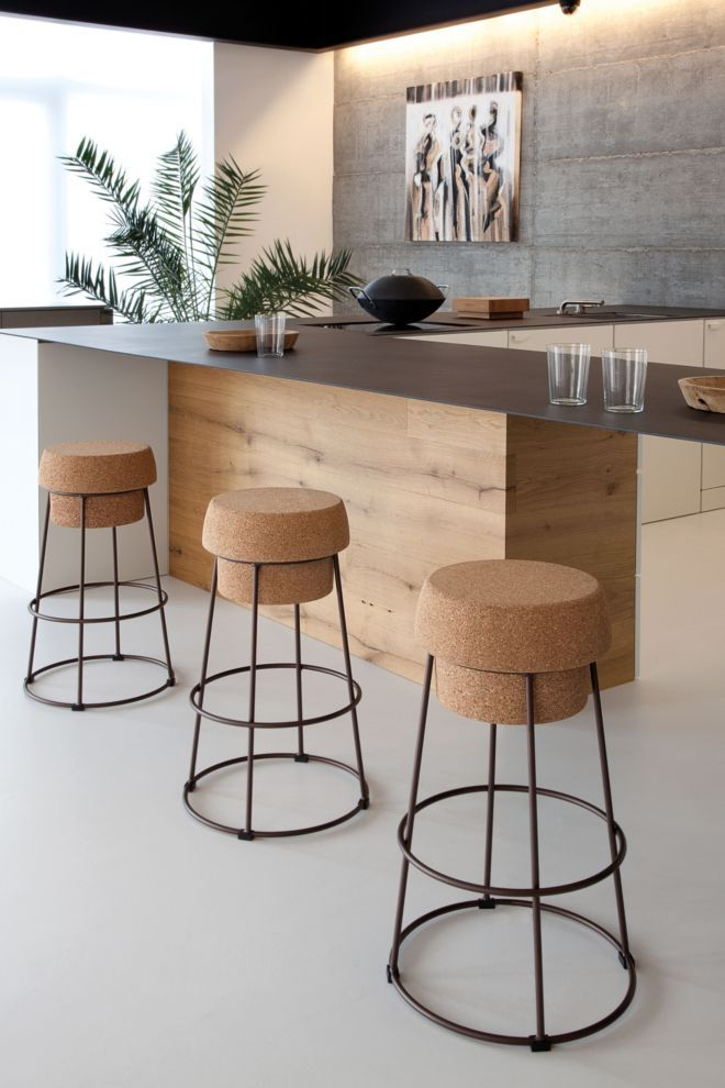 This Contemporary Kitchen Features Standout Barstools From Holdithome Luxesocal